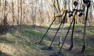 How to Make a Metal Detector Out of Household Items